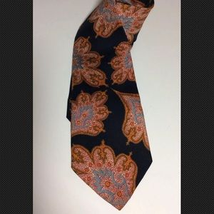 Burberry  London VTG Oversized Paisley Navy Tie